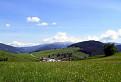V údolí