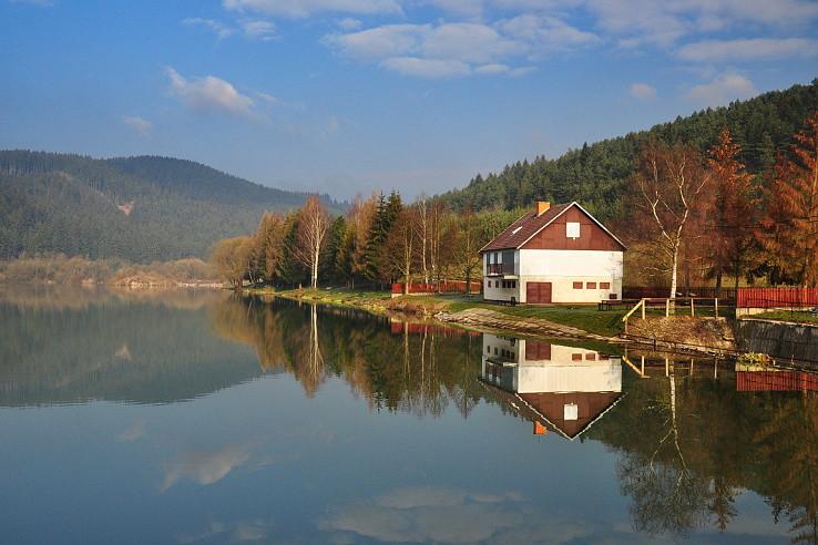 Ráno na neslušskom rybníku
