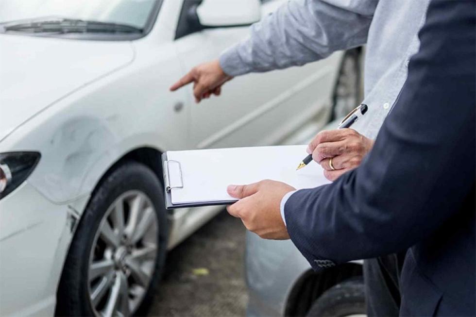 Chráňte svoje auto havarijným poistením